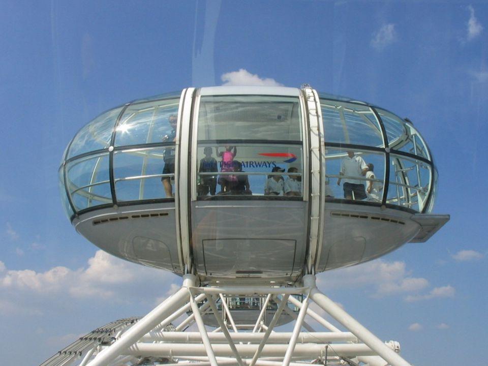 Het wiel draagt 32 eivormige, waterdichte gondels die zijn gekoppeld aan haar externe omtrek en voorzien van airconditioning, Elke gondel weegt 10 ton