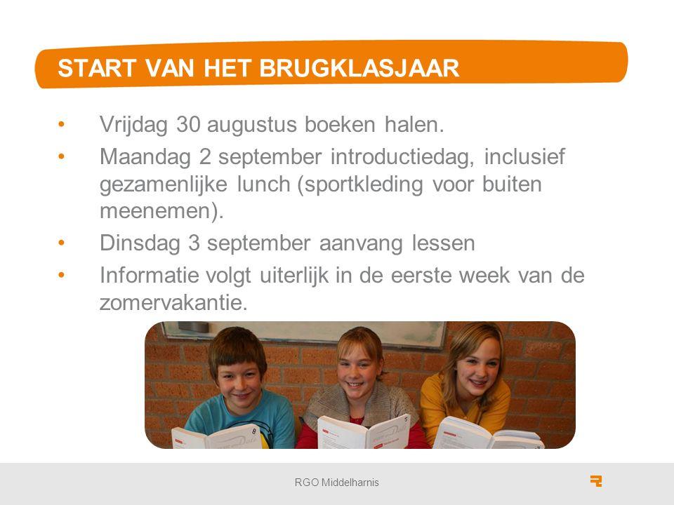 START VAN HET BRUGKLASJAAR Vrijdag 30 augustus boeken halen.