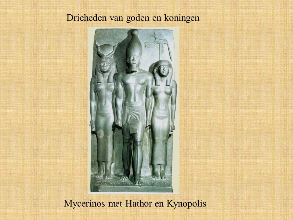 Drieheden van goden en koningen Mycerinos met Hathor en Kynopolis