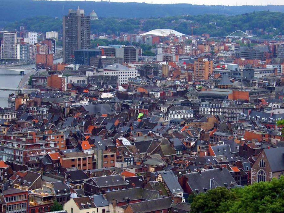 Stad bisschoppelijke chiliast, Luik ontvouwt zich aan de rivier, de Maas, de