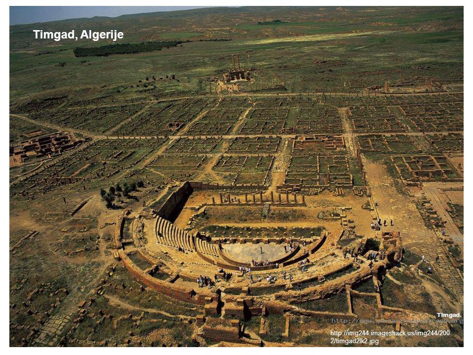 Steden in de (klassieke) oudheid Timgad, Algerije http://img244.imageshack.us/img244/200 2/timgad2lk2.jpg