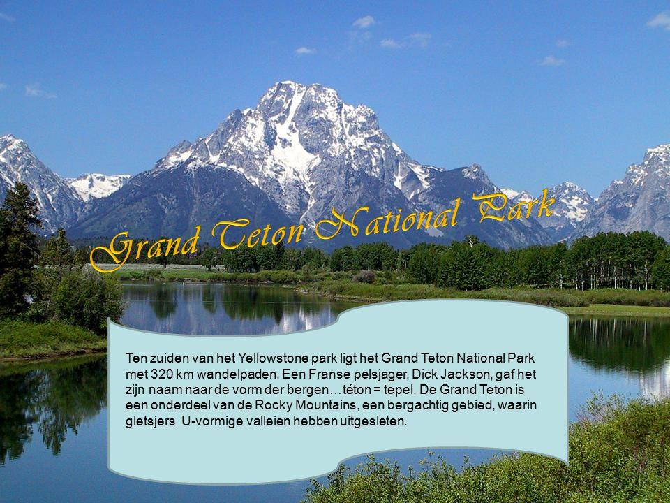 Ten zuiden van het Yellowstone park ligt het Grand Teton National Park met 320 km wandelpaden.