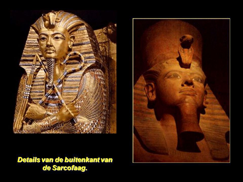 Details van de buitenkant van de Sarcofaag.