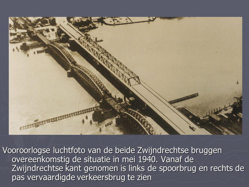 Vooroorlogse luchtfoto van de beide Zwijndrechtse bruggen overeenkomstig de situatie in mei 1940. Vanaf de Zwijndrechtse kant genomen is links de spoo