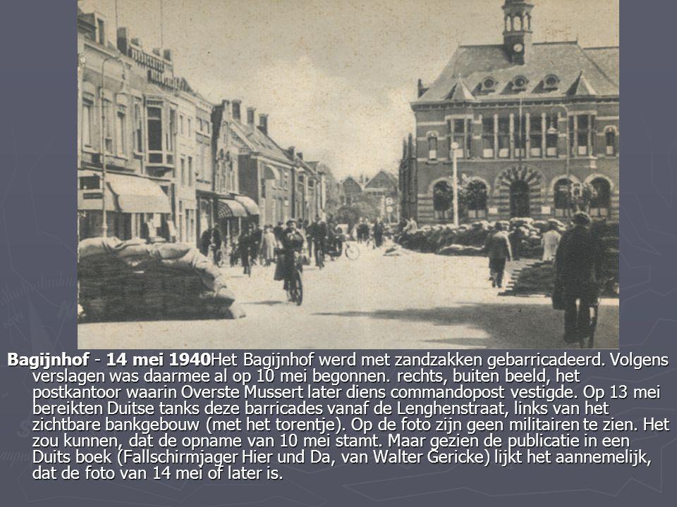Bagijnhof - 14 mei 1940Het Bagijnhof werd met zandzakken gebarricadeerd. Volgens verslagen was daarmee al op 10 mei begonnen. rechts, buiten beeld, he