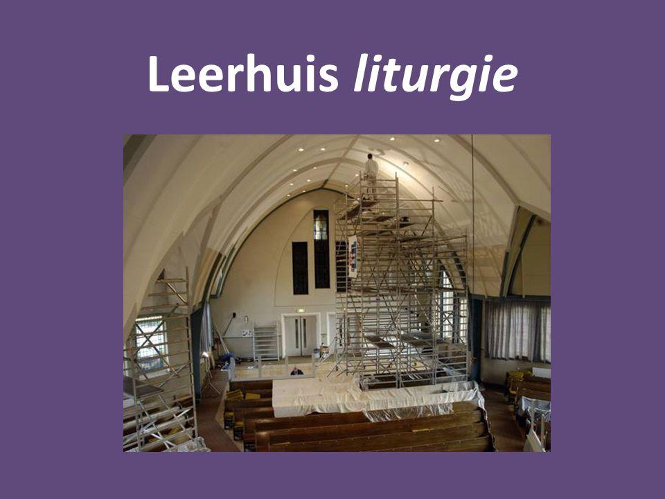 Leerhuis liturgie a.Samenkomen Het hart van de eredienst is niet de vorm, maar het bijeen zijn van de gemeente.