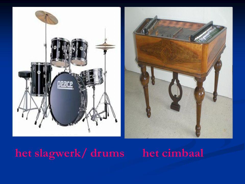het slagwerk/ drums het cimbaal