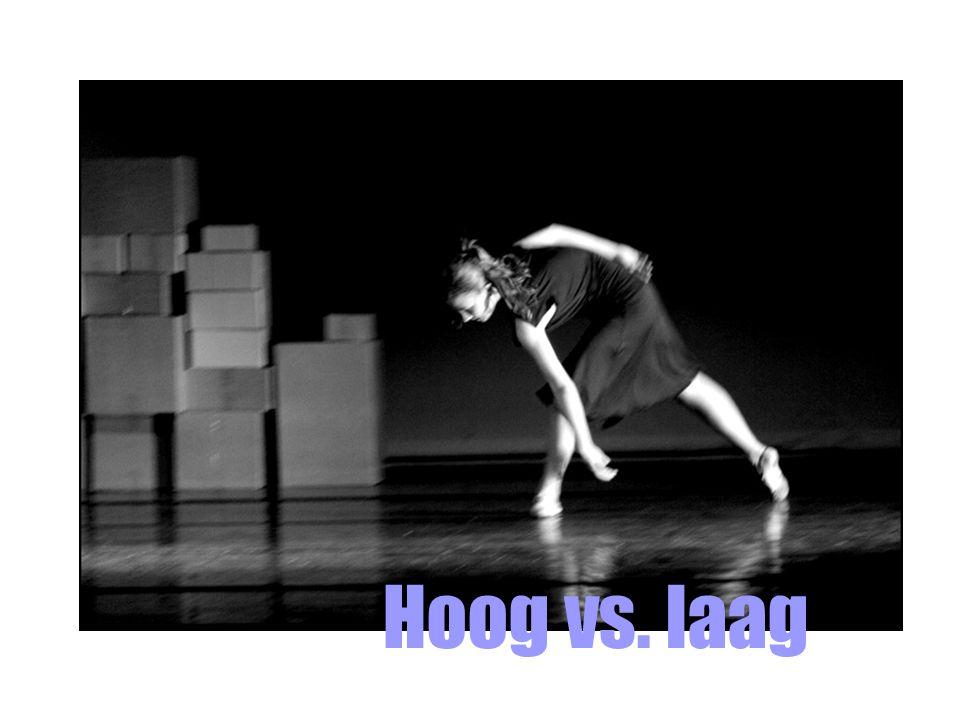 http://www.knack.be/nieuws/cultuur/controverse-rond-amerikaans-kunstwerk-over-9-11/site72-section44-article22075.html# Hoog vs.
