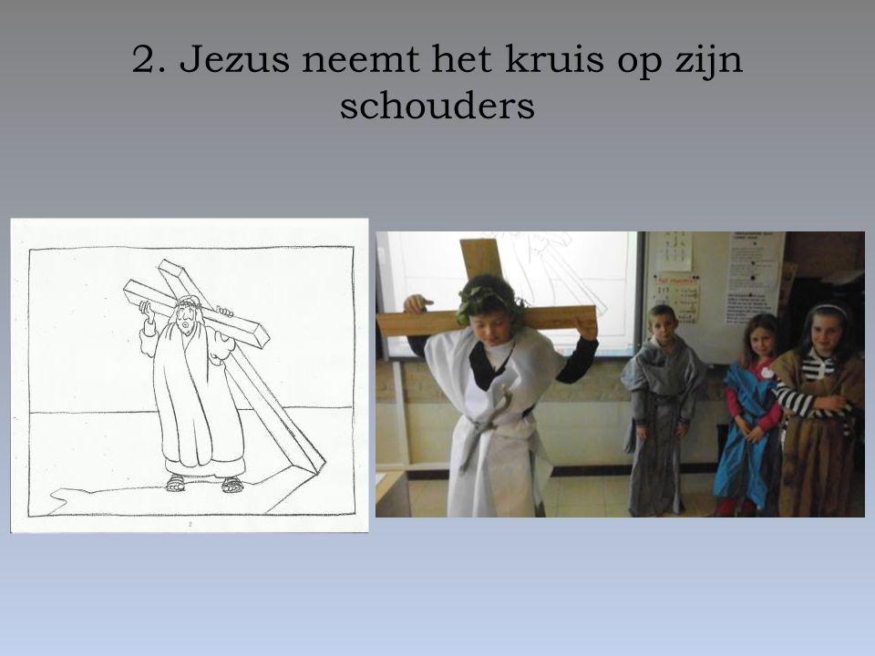 13. Jezus wordt van het kruis genomen