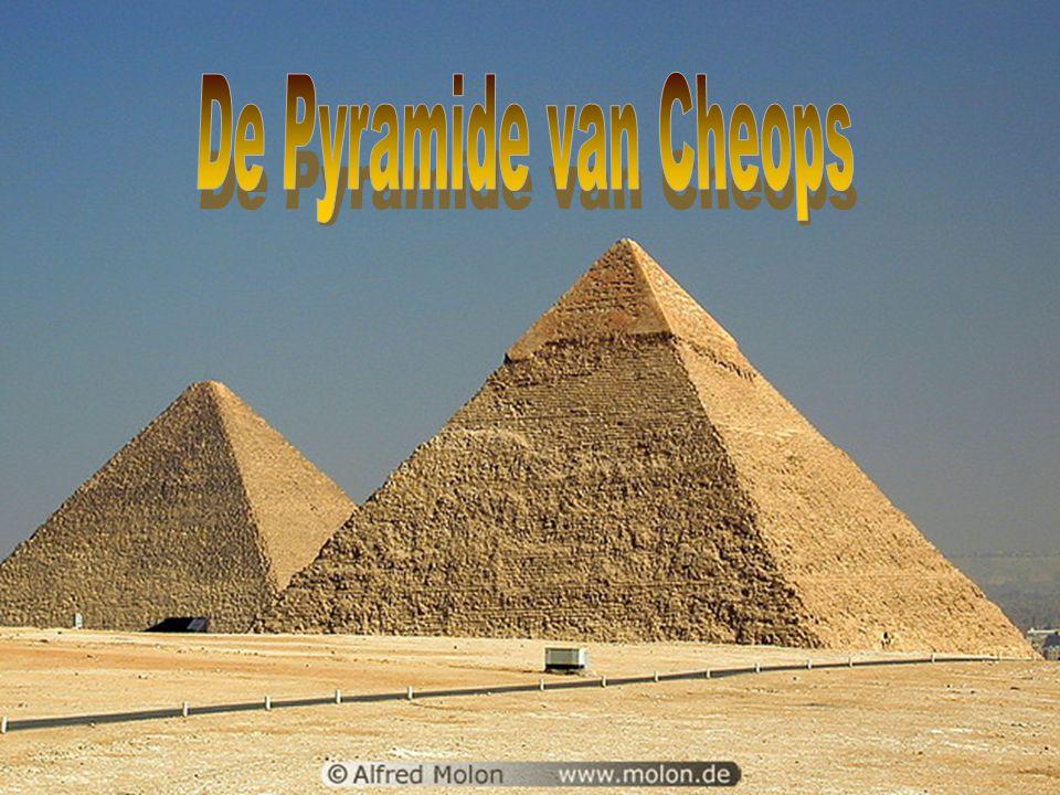 De Egyptische Beschaving ontstond rond 3300 v.Chr langs de Nijl en ging ten onder na de verovering door Alexander de Grote in het jaar 300 v.