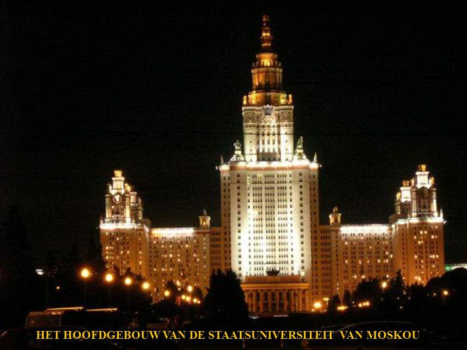 MET PASEN IN MOSKOU