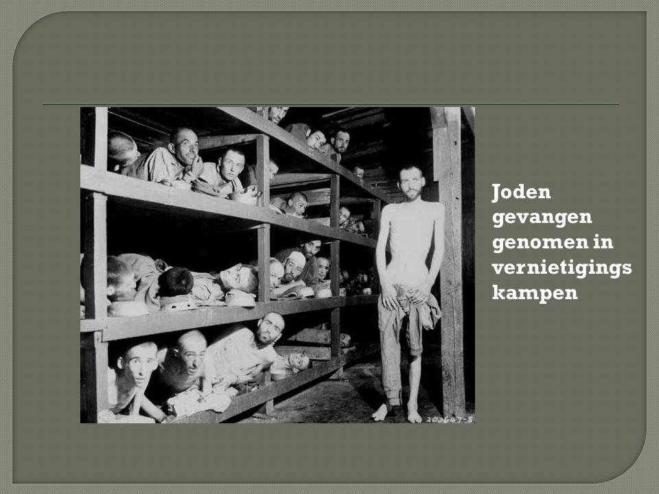 Joden gevangen genomen in vernietigings kampen