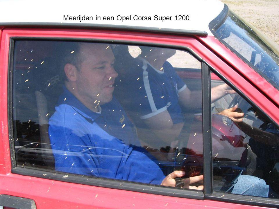 Meerijden in een Opel Corsa Super 1200