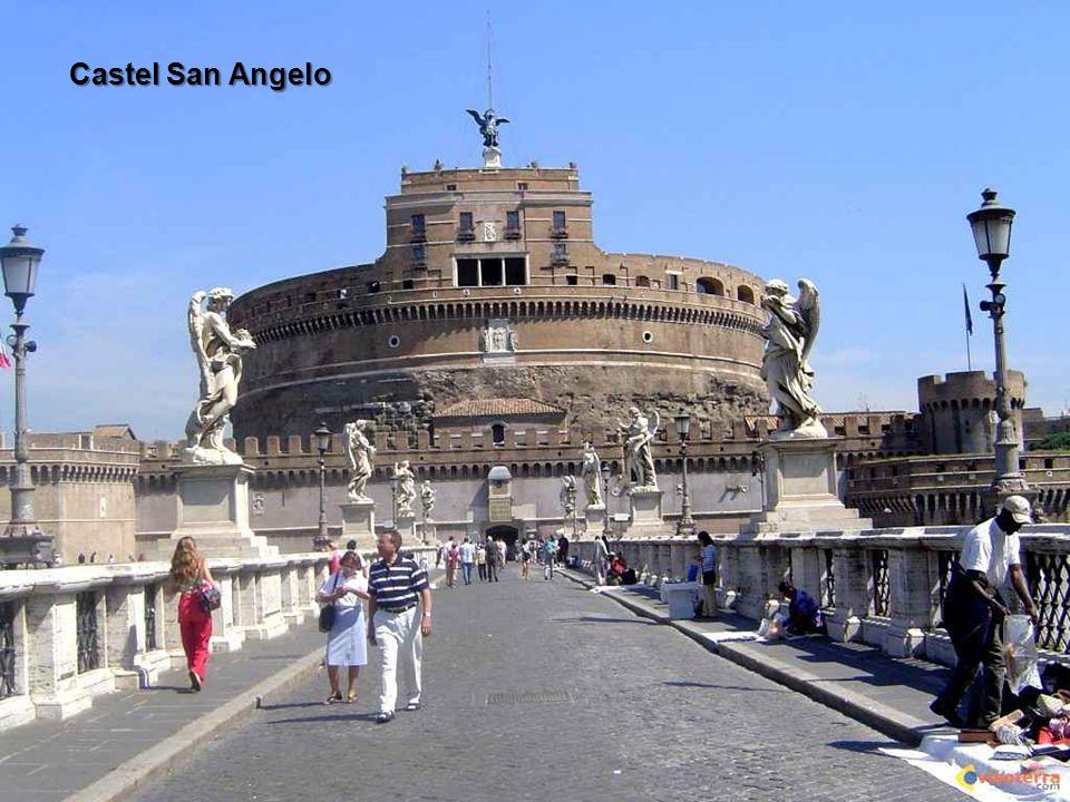 Rome ligt in de regio Lazio in Midden-Italië, aan de samenvloeiing van de Tiber en Aniene.