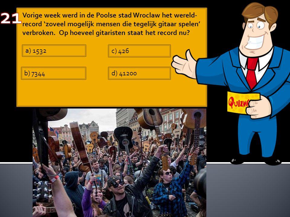 Vorige week werd in de Poolse stad Wroclaw het wereld- record 'zoveel mogelijk mensen die tegelijk gitaar spelen' verbroken. Op hoeveel gitaristen sta