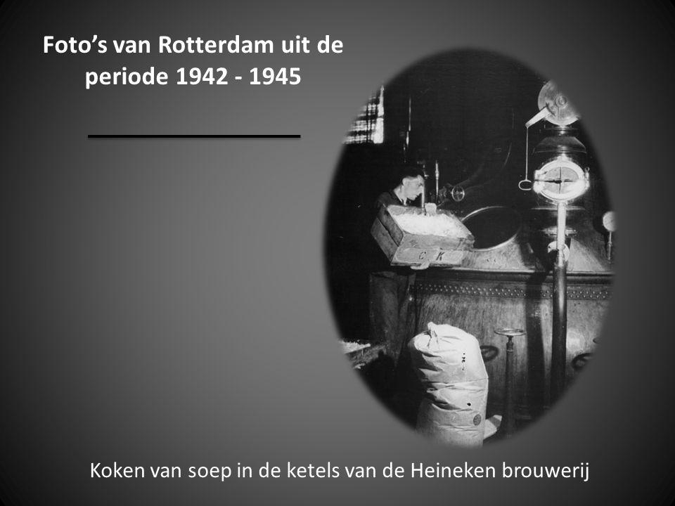 Foto's van Rotterdam uit de periode 1942 - 1945 Koken van soep in de ketels van de Heineken brouwerij