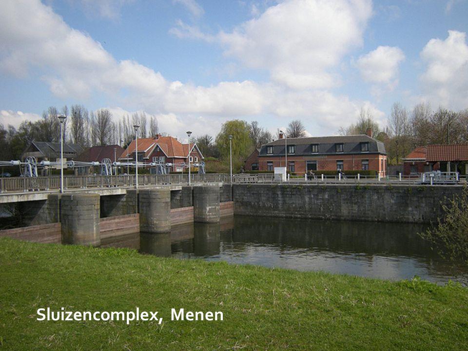 Sluizencomplex, Menen