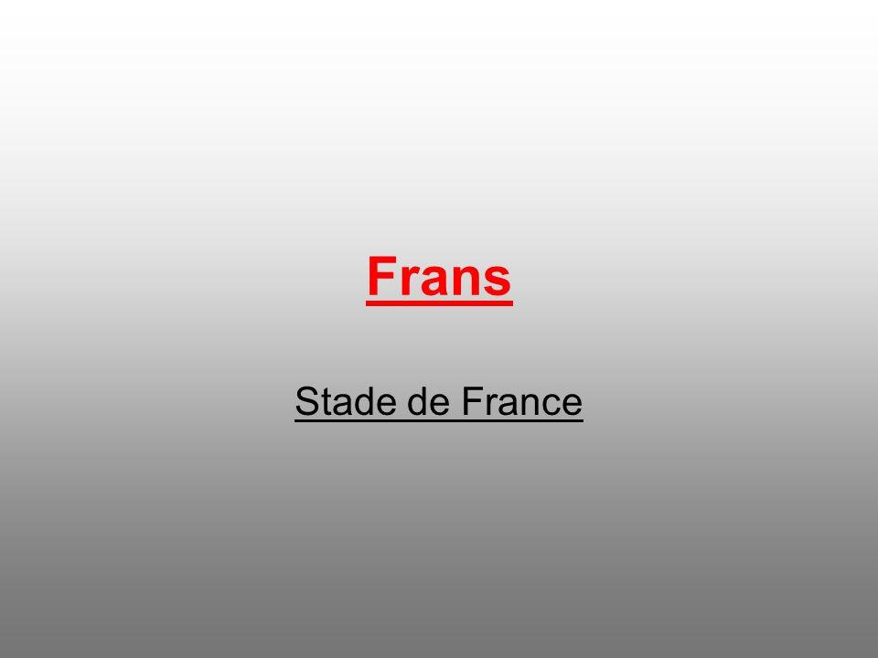 Ligt in Saint-Denis, een voorstad van parijs. Werd officieel geopend op 28 januari 1998