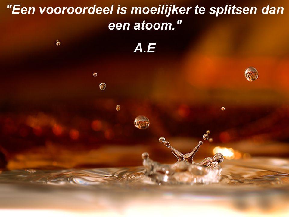 Je kunt op twee manieren tegen het leven aankijken: Ofwel geloof je dat er geen wonderen bestaan, ofwel geloof je dat alles een wonder is A.E