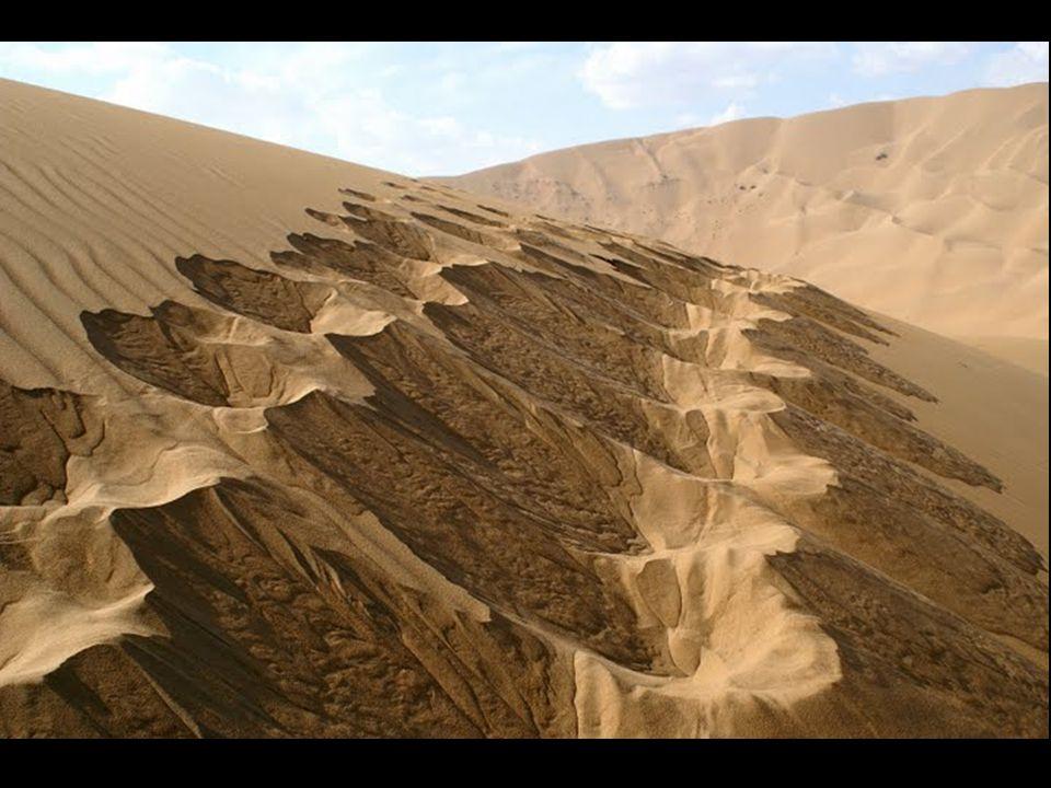 Deze Badain Jaran bevind zich in het noorden van China, bij Mongolie.