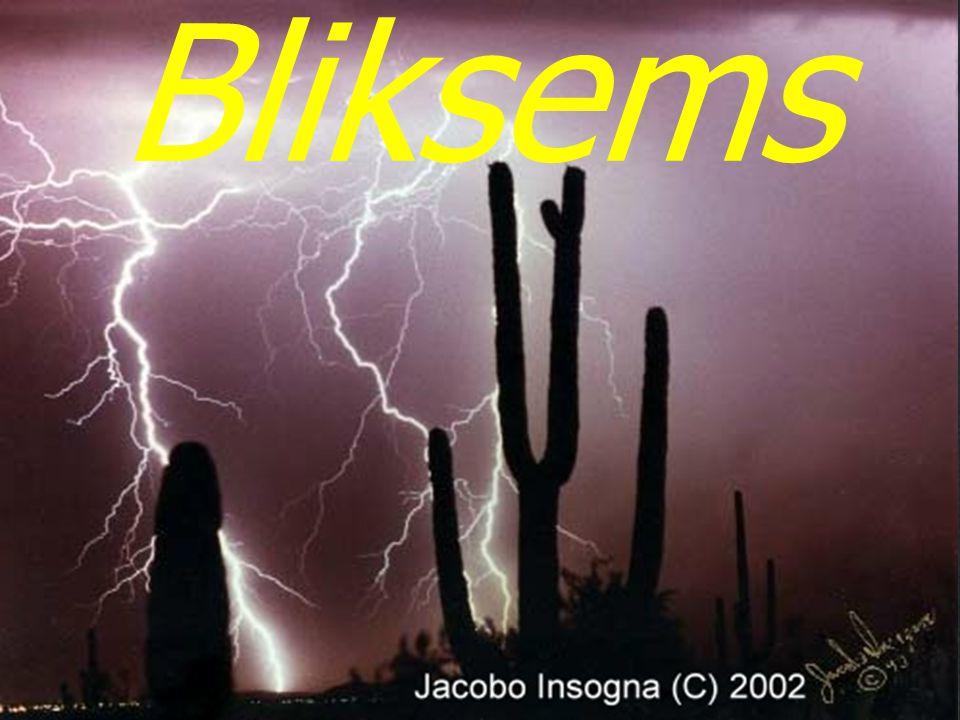 17 Onweer: meestal boven land 0550 Blikseminslagen per jaar en per vierkante kilometer weinig onweerveel onweer Nederland