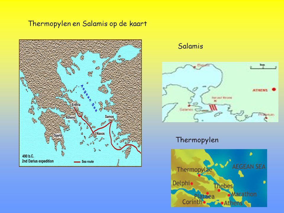 Spartanen vechten in de heuvels van de Thermopylen Atheners vechten in de baai van Salamis Spartaanse hopliet Griekse trireem