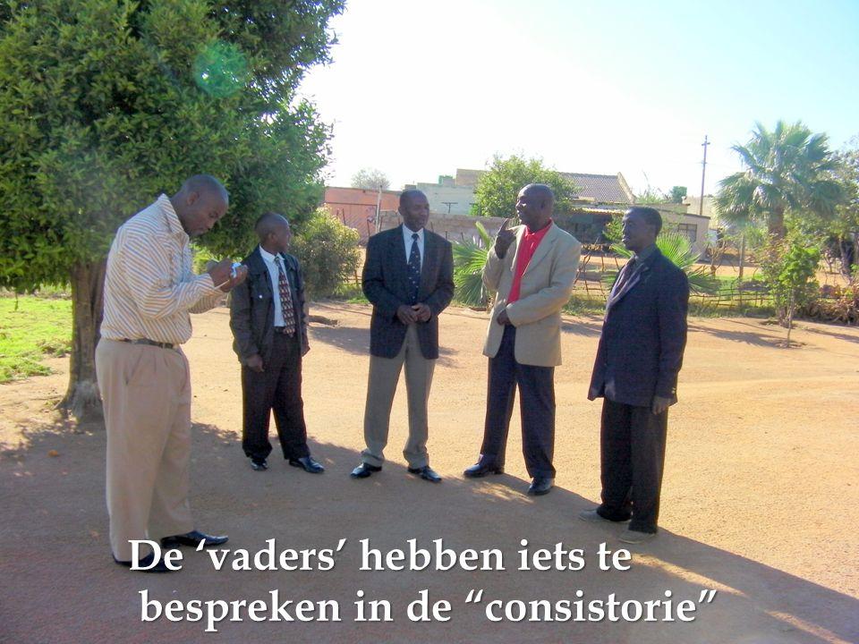 De 'vaders' hebben iets te bespreken in de consistorie bespreken in de consistorie