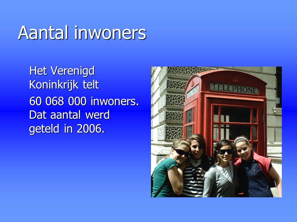Aantal inwoners Het Verenigd Koninkrijk telt 60 068 000 inwoners. Dat aantal werd geteld in 2006.