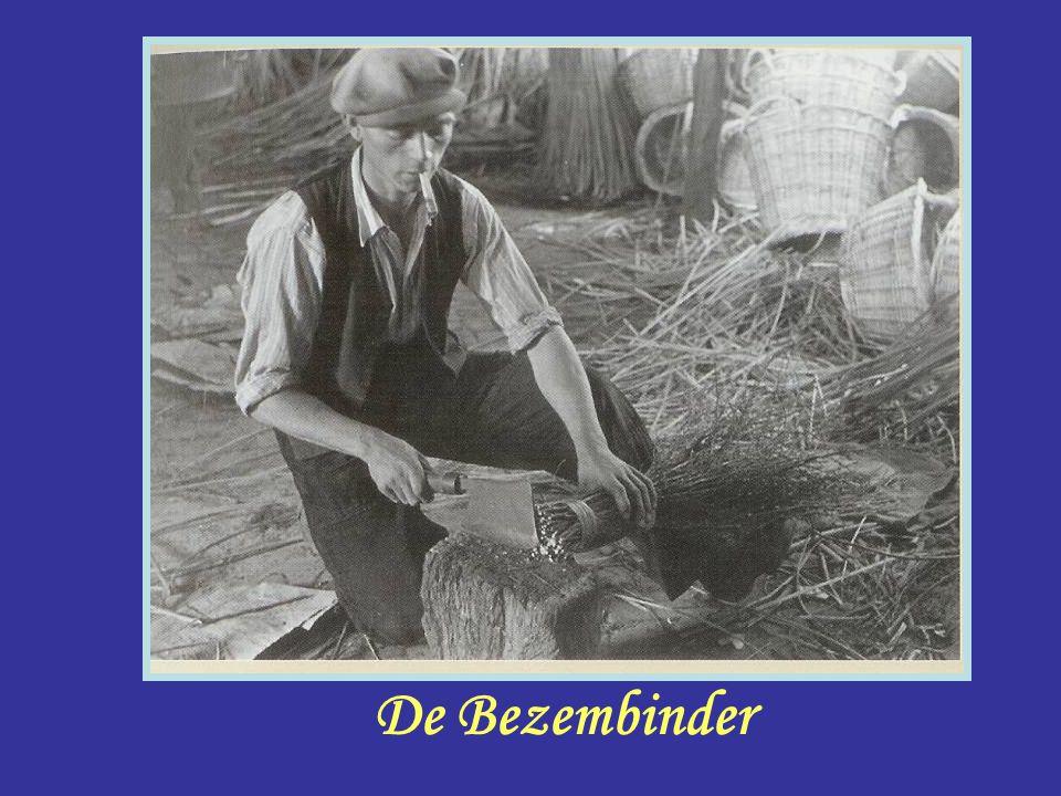 Klokopwinder Klokopwinder Deze man had meer baantjes zoals : Onderwijzer Dorpsomroeper Strandvonder