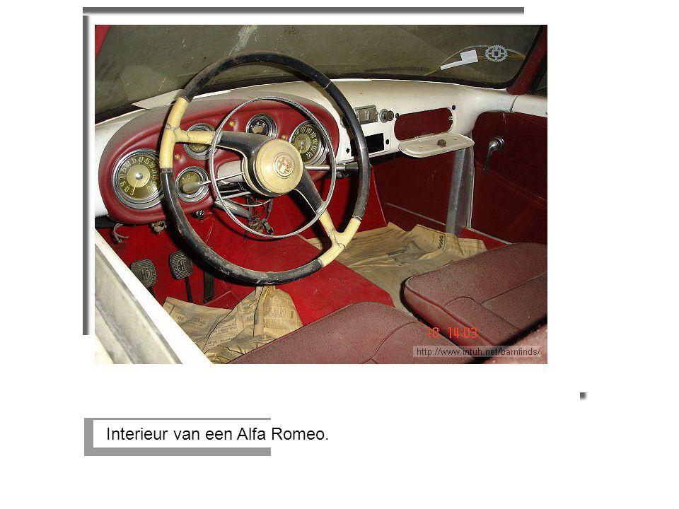 Interieur van een Alfa Romeo.