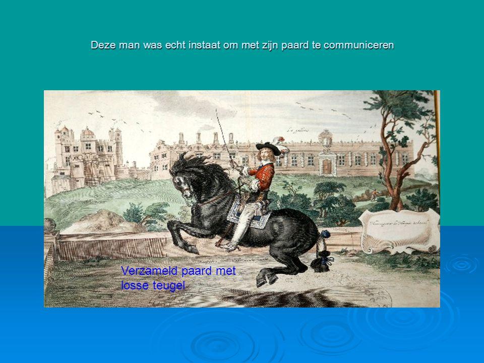 Deze man was echt instaat om met zijn paard te communiceren Verzameld paard met losse teugel