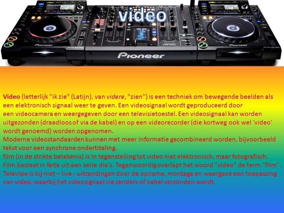 Video (letterlijk ik zie (Latijn), van videre, zien ) is een techniek om bewegende beelden als een elektronisch signaal weer te geven.