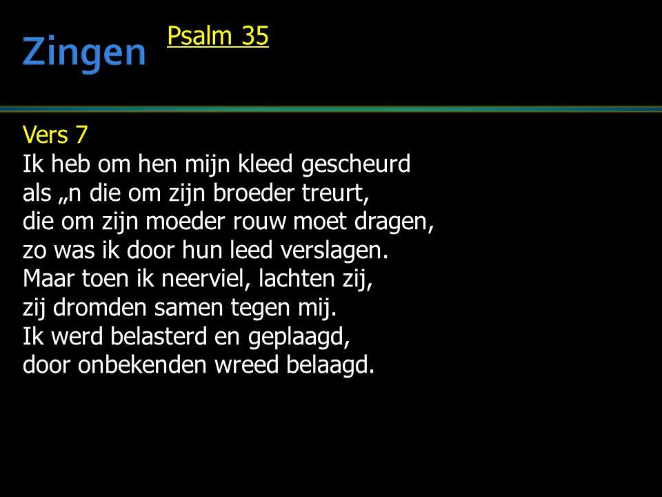 Vers 8 Luid klinkt de goddeloze spot van hen die opstaan tegen God.
