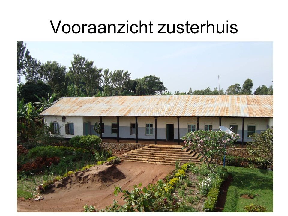 Nieuwe eet- recratiezaal in aanbouw