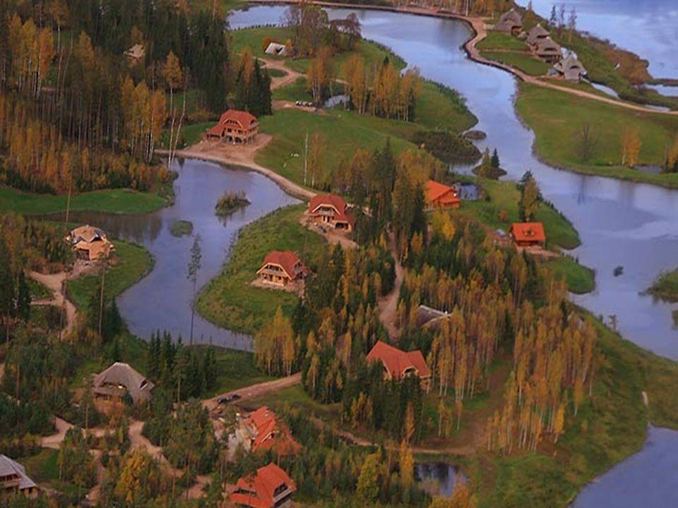 De bouwers moeten voldoen aan twee hoofdcriteria: - Een huis mag het mooie natuurlijke landschap niet aan het oog onttrekken. - De bouwer moet ervoor