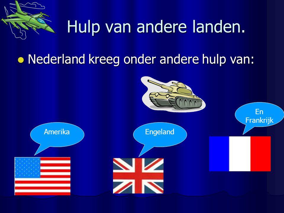 Soldaten redden het niet. Het kleine groepje Nederlandse soldaten redden het niet tegen het gigantische leger van Hitler. Het kleine groepje Nederland
