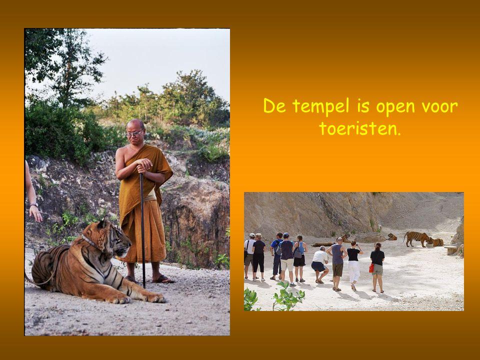 De tempel is open voor toeristen.