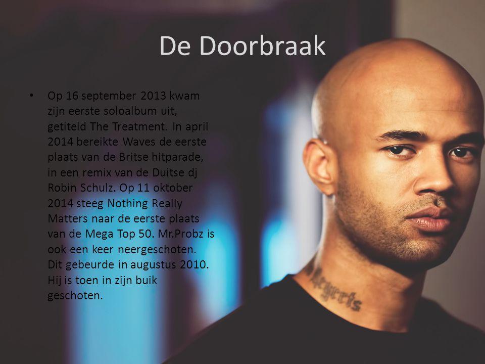 De Doorbraak Op 16 september 2013 kwam zijn eerste soloalbum uit, getiteld The Treatment.