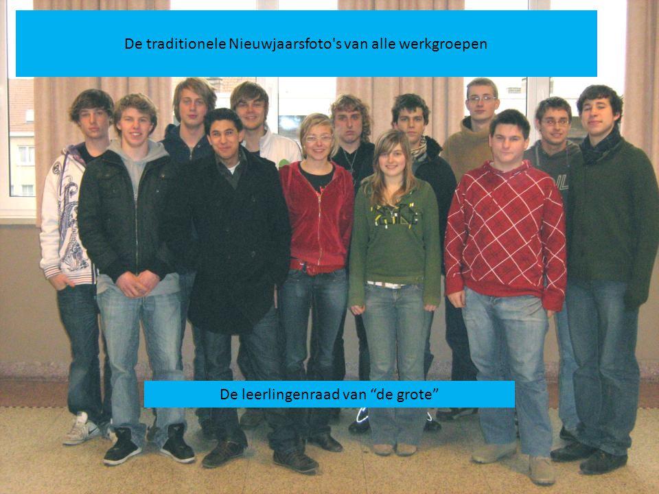De leerlingenraad van de grote De traditionele Nieuwjaarsfoto s van alle werkgroepen