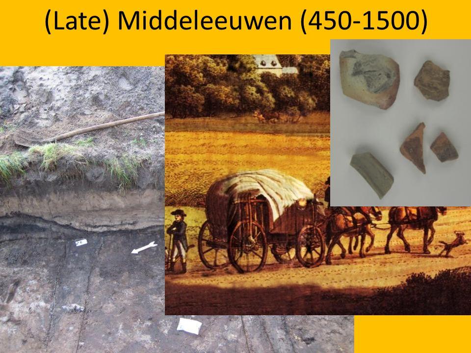 Staringlaan vondsten Grafheuvels (Enghenbergje / De Stompert) Soester Eng 150.000 jaar geleden: ontstaan stuwwal Lange en Korte Duinen (losse vondsten)