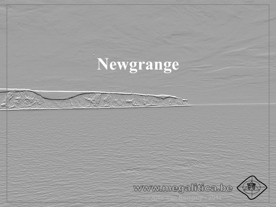 Newgrange © Alec Van Rompuy - 2011