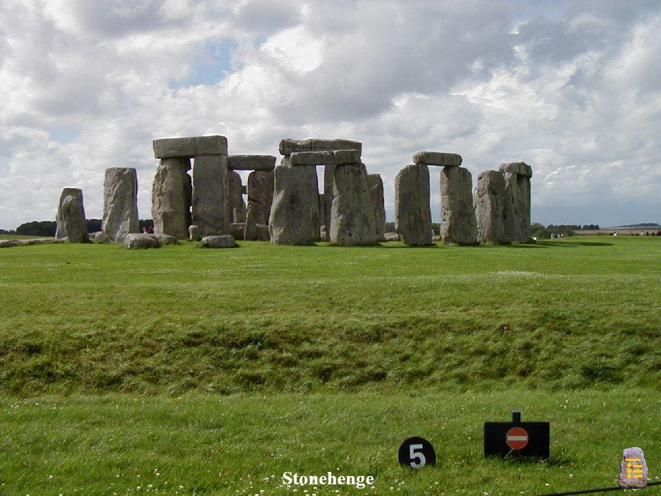 Stonehenge - Heelstone