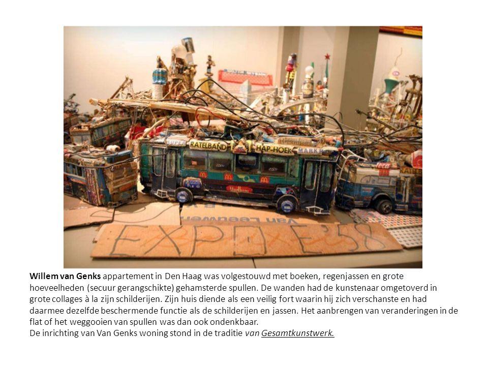 Willem van Genks appartement in Den Haag was volgestouwd met boeken, regenjassen en grote hoeveelheden (secuur gerangschikte) gehamsterde spullen.