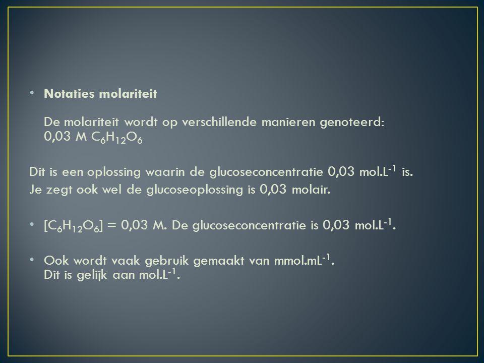 In 5,0 mL bloed wordt 4,0.10 -2 mmol glucose aangetroffen.