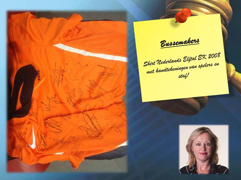 Bussemakers Shirt Nederlands Elftal EK 2008 met handtekeningen van spelers en staf!