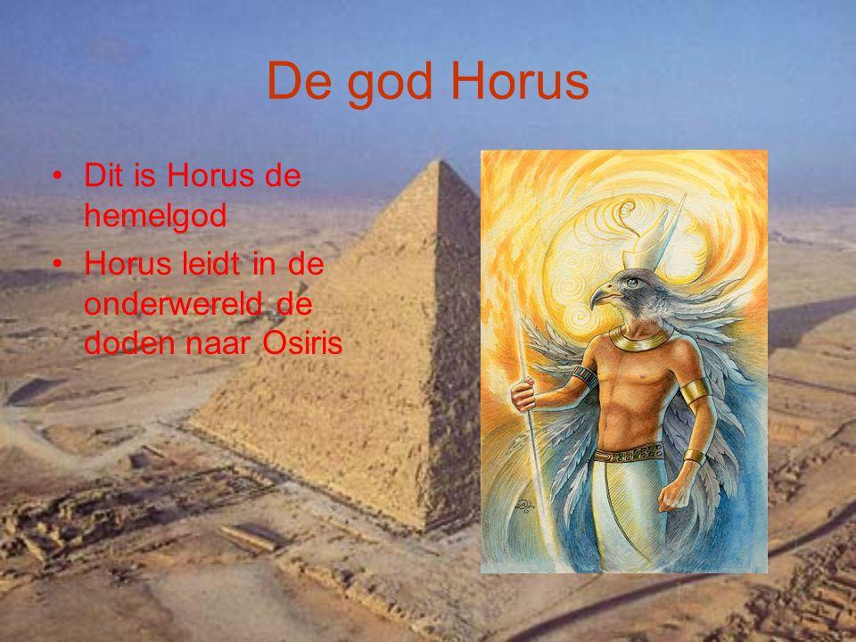 De god Osiris Osiris is de god van de dood de landbouw de vruchtbaarheid en de onderwereld Hij is de zoon van Geb