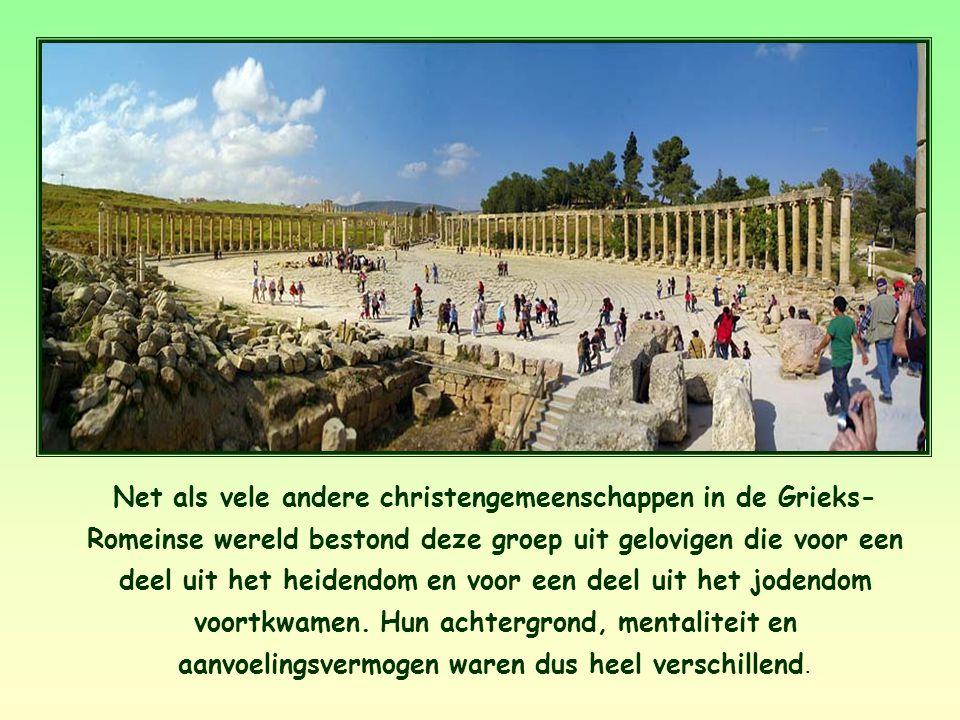Net als vele andere christengemeenschappen in de Grieks- Romeinse wereld bestond deze groep uit gelovigen die voor een deel uit het heidendom en voor een deel uit het jodendom voortkwamen.
