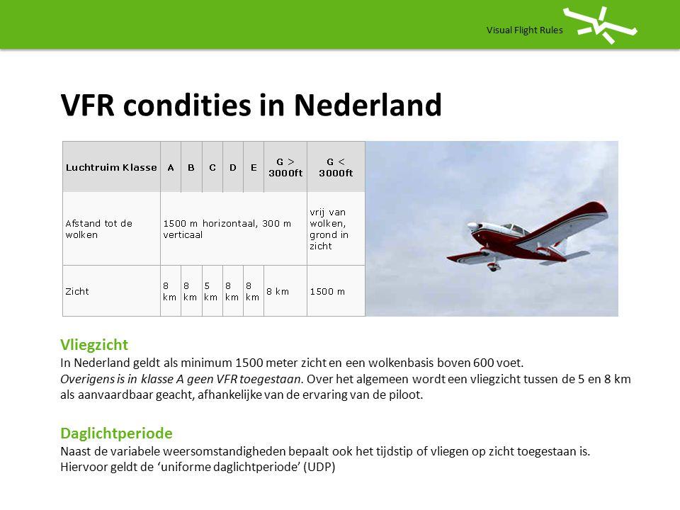 Visual Flight Rules Verschillen In grote lijn VFR =altijd zicht op de grond en radio niet altijd verplicht, route 'vrij' IFR =zicht niet noodzakelijk en radio verplicht, route ligt vast Elk luchtruim (FIR) heeft classificaties: Low Country Chart (NL) Airspaces A, B, C, D, E, F en G (A en F niet gebruikt) EHP, EHD en EHR