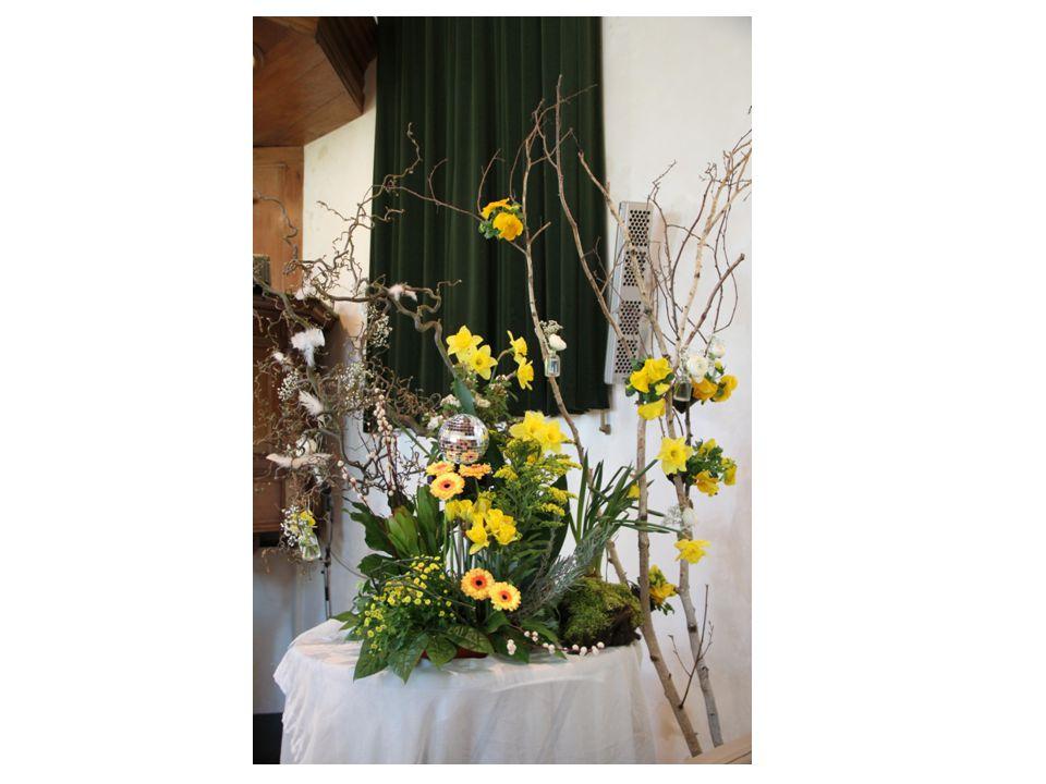 PAAS ZONDAG Met Pasen herdenken we het wonder van de herrijzenis en de belofte op een nieuwe wereld.