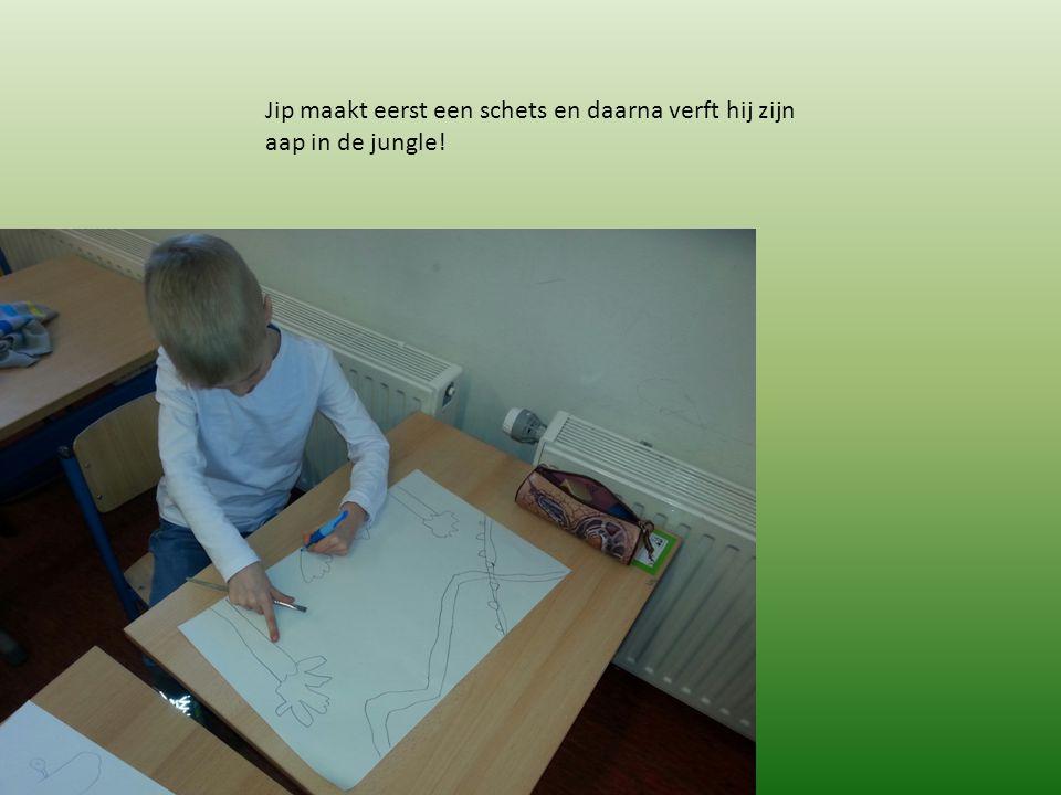 Jip maakt eerst een schets en daarna verft hij zijn aap in de jungle!